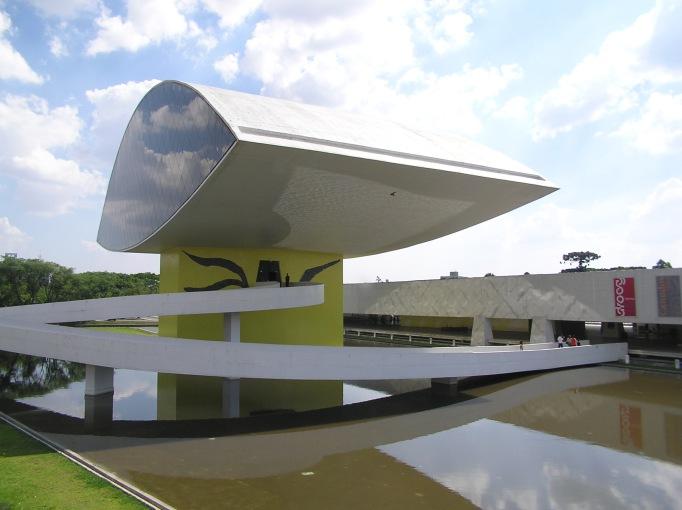 museu oscar niemeyer brazil