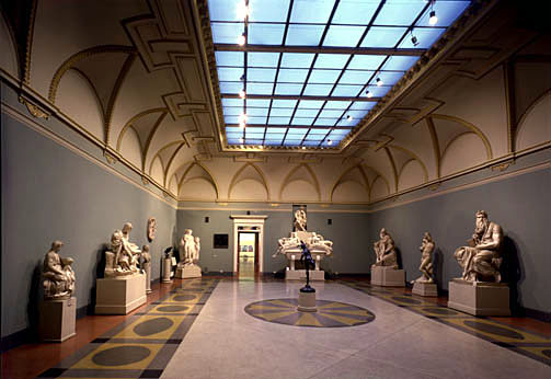 the cast gallery at the pushkin museum of fine arts moscow